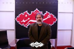 مجید ملانوروزی در غرفه هنرمند