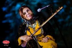 قشنگ کامکار در کنسرت گروه کامکارها در اولین شب فستیوال «بارانا»